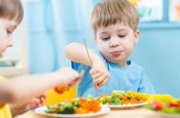 chữa biếng ăn ở trẻ